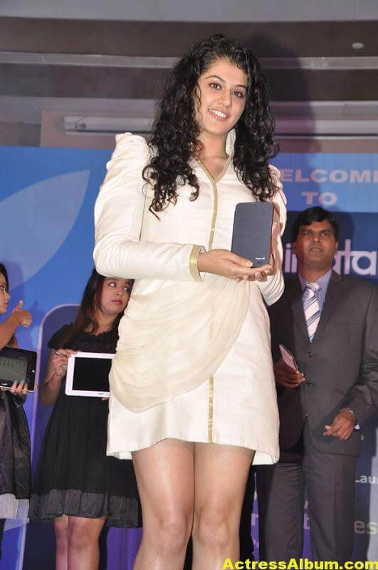 Tapsee Hot Photos 4