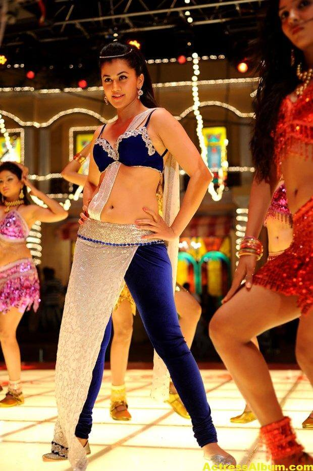 tapsee-latest-hot-navel-show-stills-from-shadow-movie-3