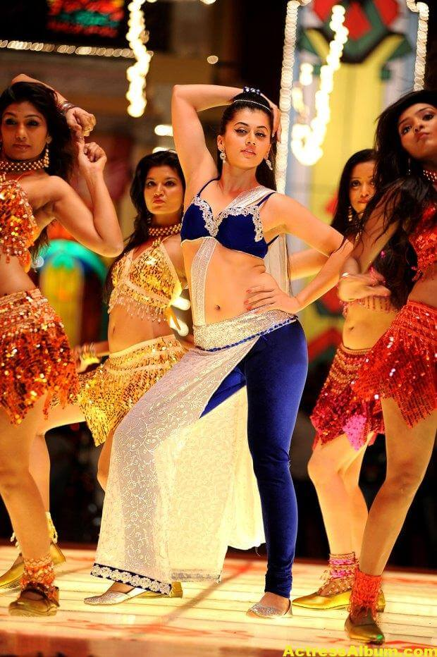 tapsee-latest-hot-navel-show-stills-from-shadow-movie-4