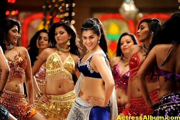 tapsee-latest-hot-navel-show-stills-from-shadow-movie-7