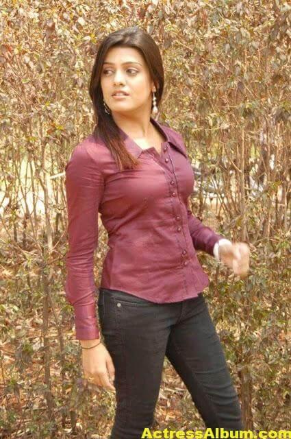 Tashu Kaushik Sizzling Photoshoot 5