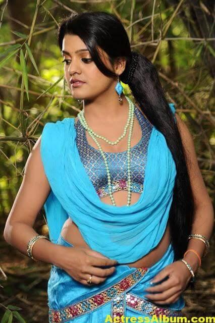 Tashu Kaushik Sizzling Photoshoot 6