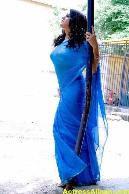 Tashu Kaushik Sizzling Photoshoot 8