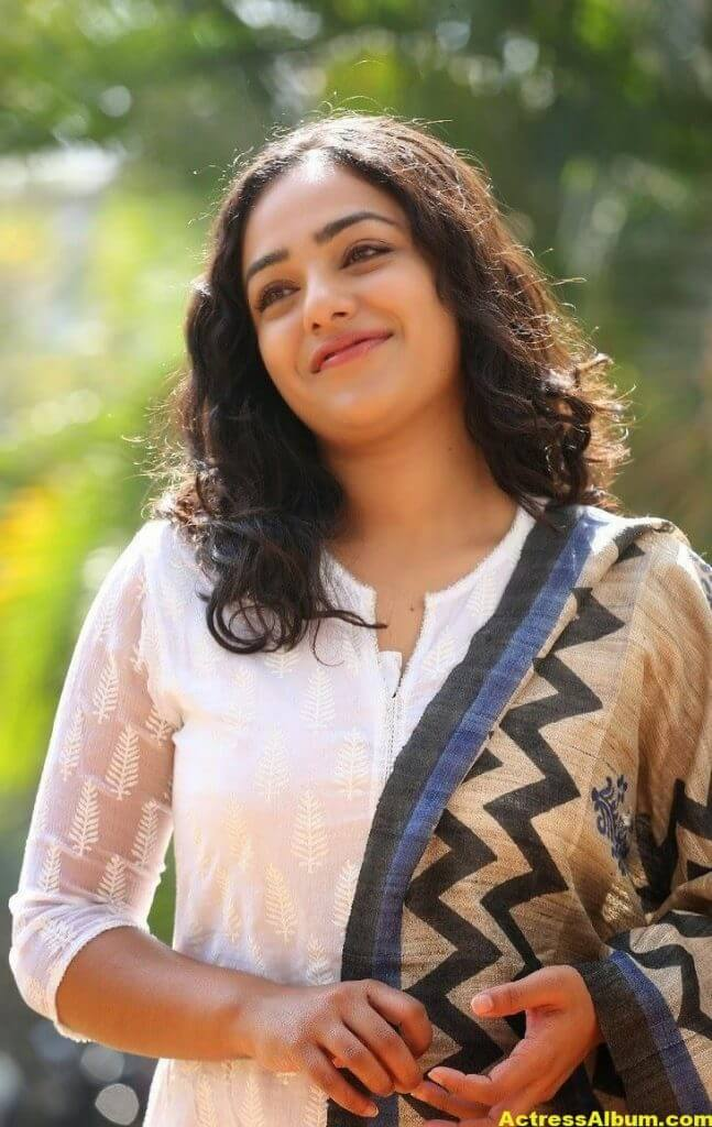 Tollywood Actress Nitya Menon Latest Pics 5