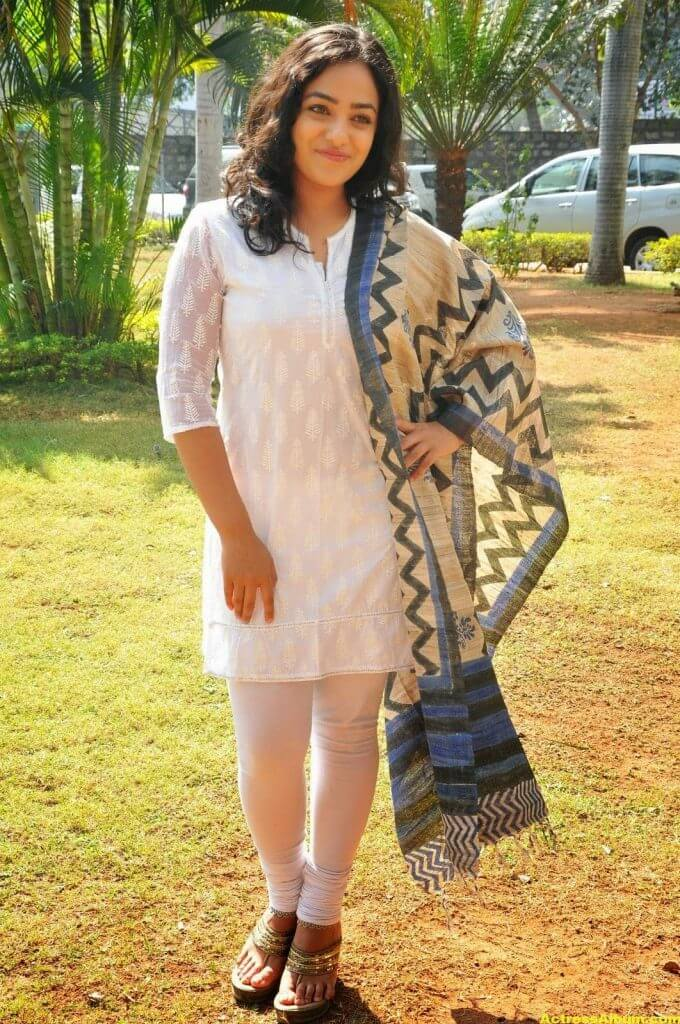 Tollywood Actress Nitya Menon Latest Pics 6