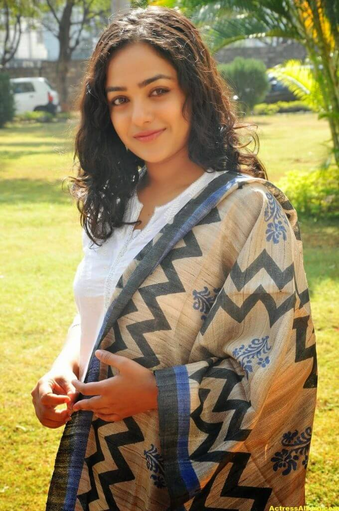 Tollywood Actress Nitya Menon Latest Pics 7