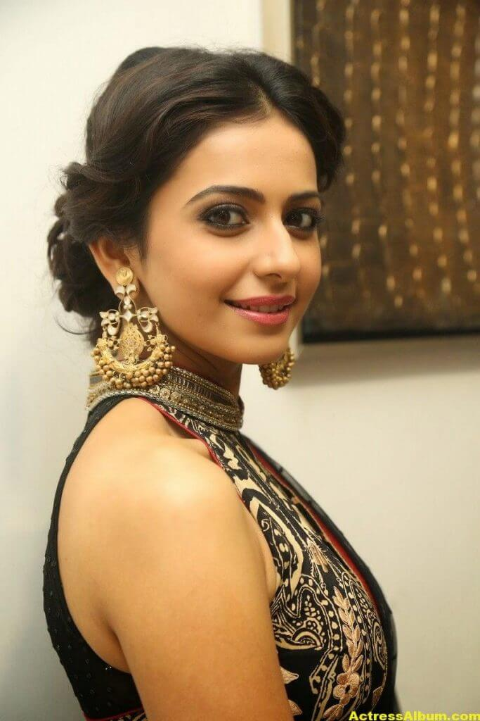 Tollywood Actress Rakul Preet Singh Latest Stills 3
