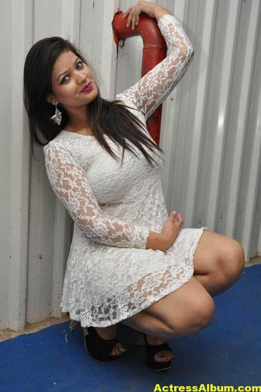 cute telugu masala actress charmi hot navel show