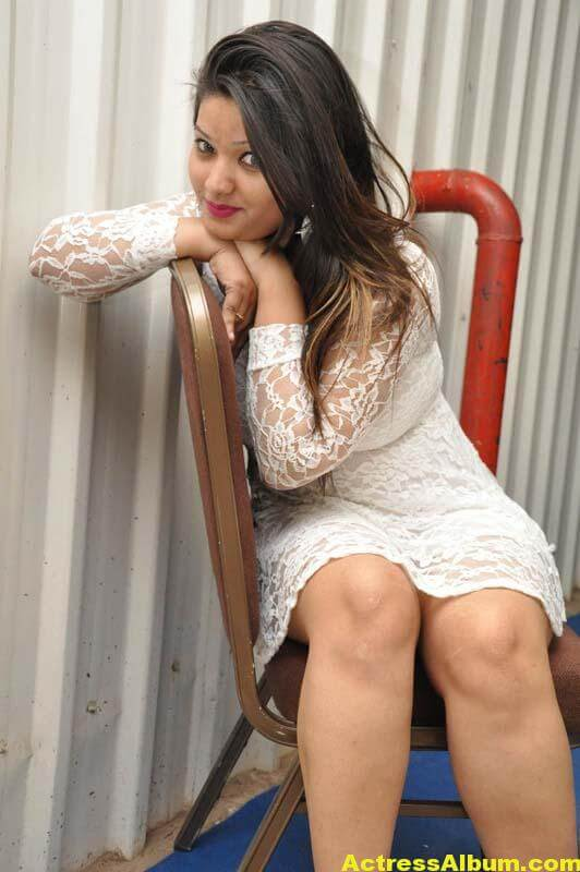 Himani Spicy Photos 5