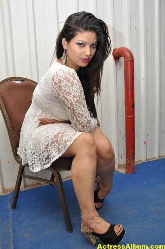 Himani Spicy Photos 6