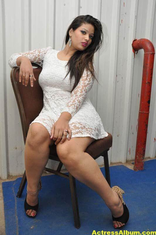 Himani Spicy Photos 7