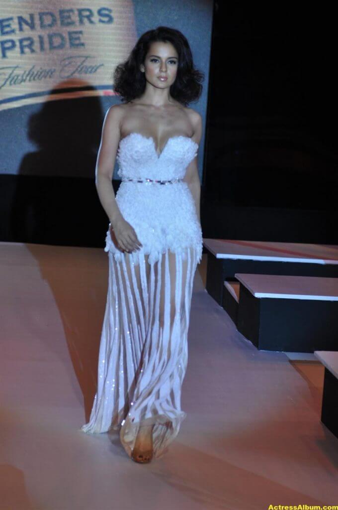 Actress Kangana Ranaut Milky Beauty Pictures 11