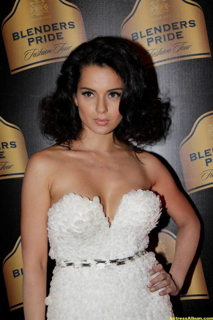 Actress Kangana Ranaut Milky Beauty Pictures 4