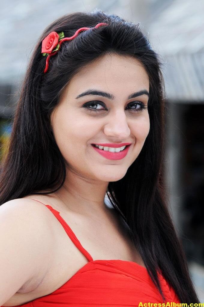 Aksha Latest cute and Spicy Photo 2