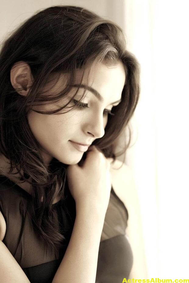 Andrea Jeremiah Latest Cute and Spicy Photos 03