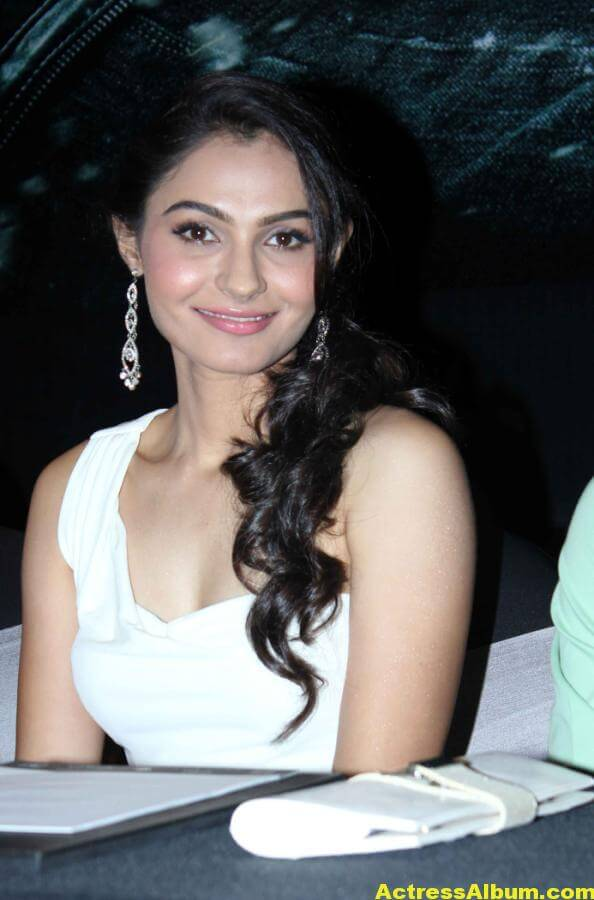 Andrea Jeremiah Latest Cute and Spicy Photos 5