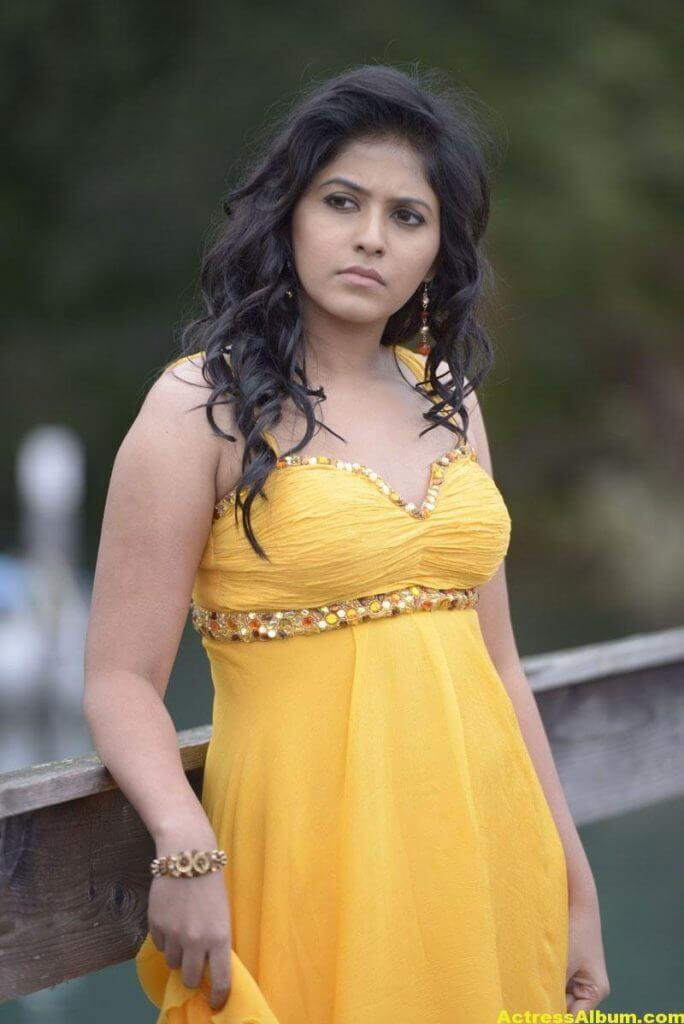 Anjali Latest Hot and Spicy Photo Gallery 1