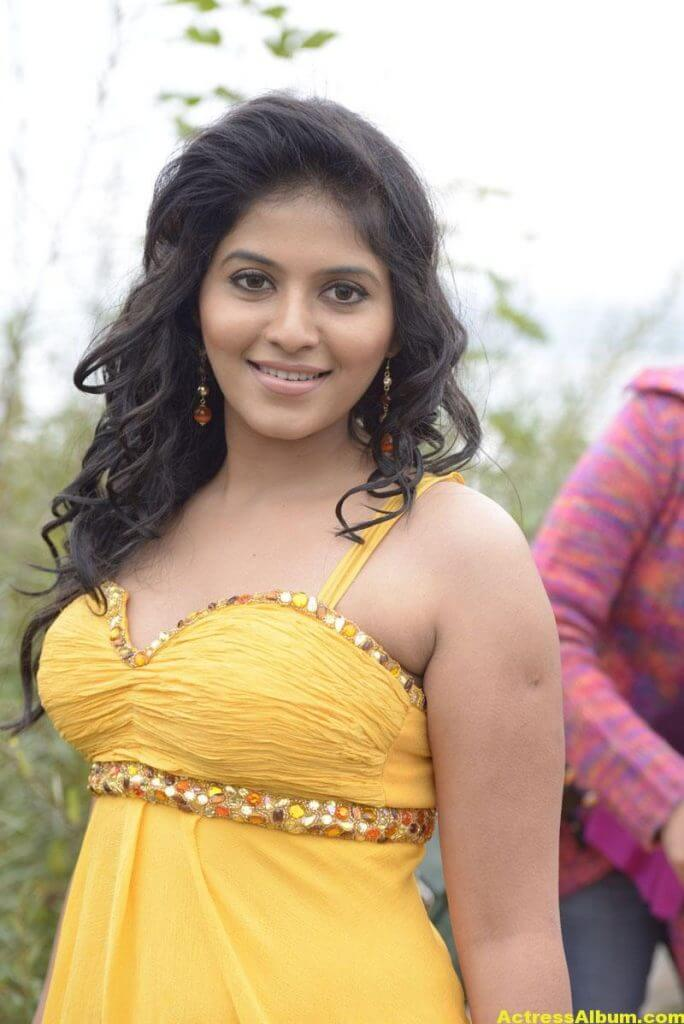 Anjali Latest Hot and Spicy Photo Gallery 3