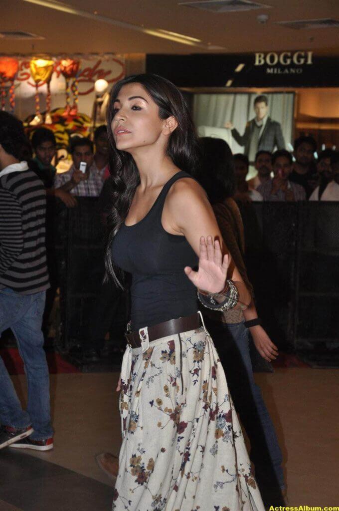 Anushka Sharma Latest Spicy Photo 2