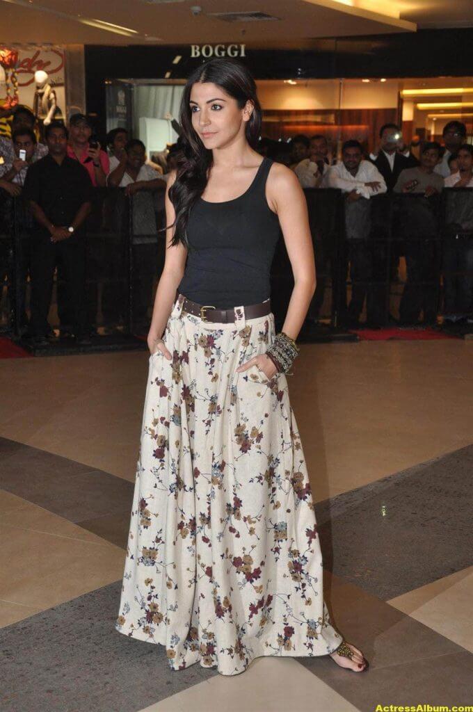 Anushka Sharma Latest Spicy Photo 3