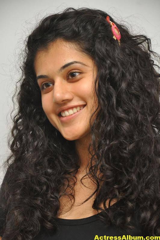 Bollywood Actress Tapsee Hot 2