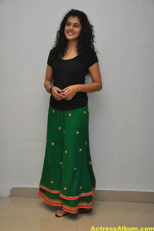 Bollywood Actress Tapsee Hot 3