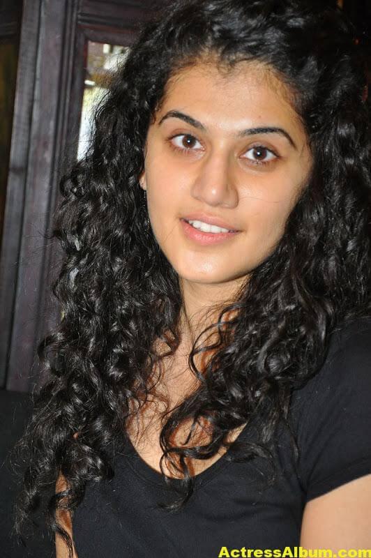 Bollywood Actress Tapsee Hot 4