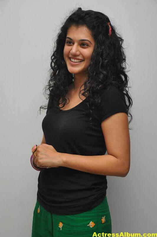 Bollywood Actress Tapsee Hot 6