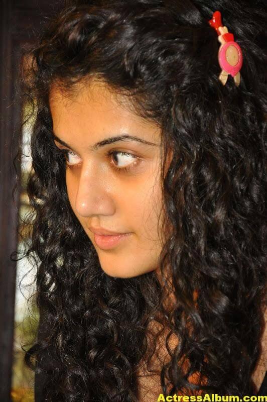 Bollywood Actress Tapsee Hot 7