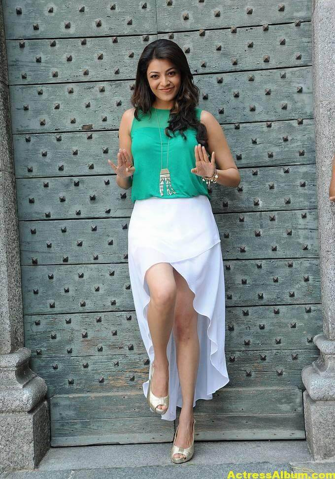Kajal Agarwal latest photos in short skirt 3