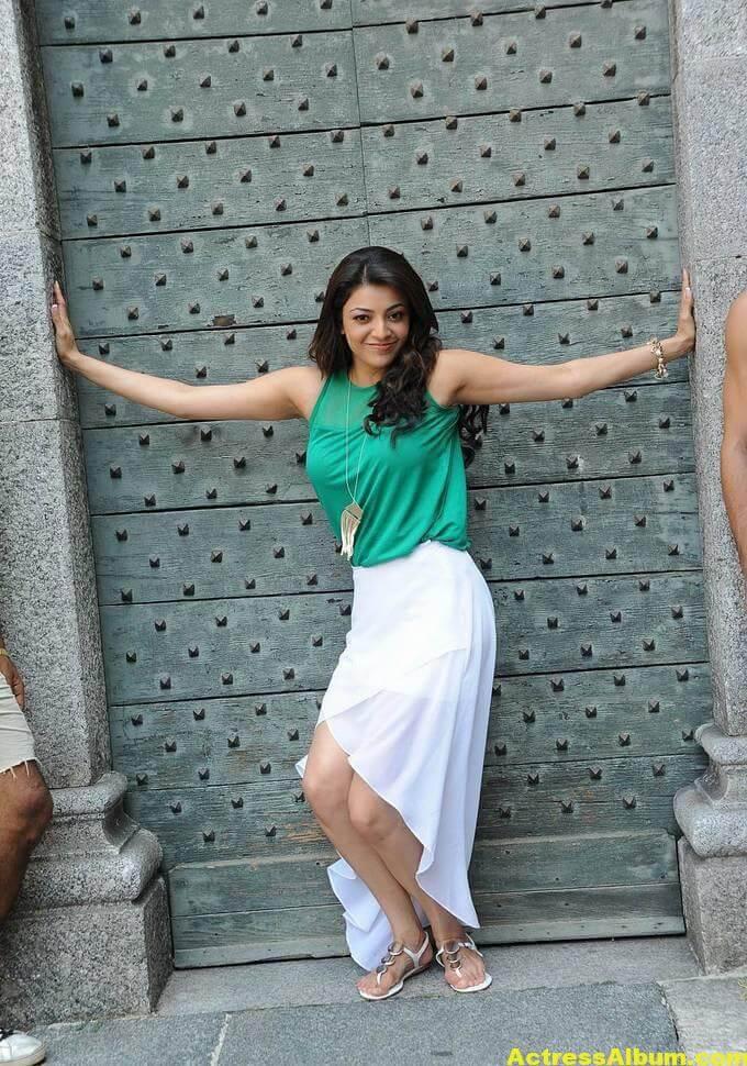 Kajal Agarwal latest photos in short skirt 5