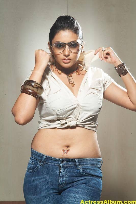 Tamil Namitha Sexy Photo