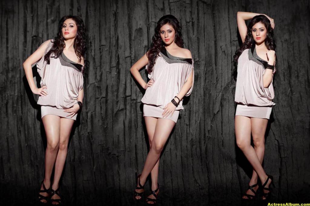 Sada Hot Photo Shoot Gallery 7