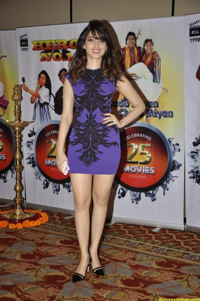 Tamanna Hot and Spicy Thigh Show in Ramp Walk 2