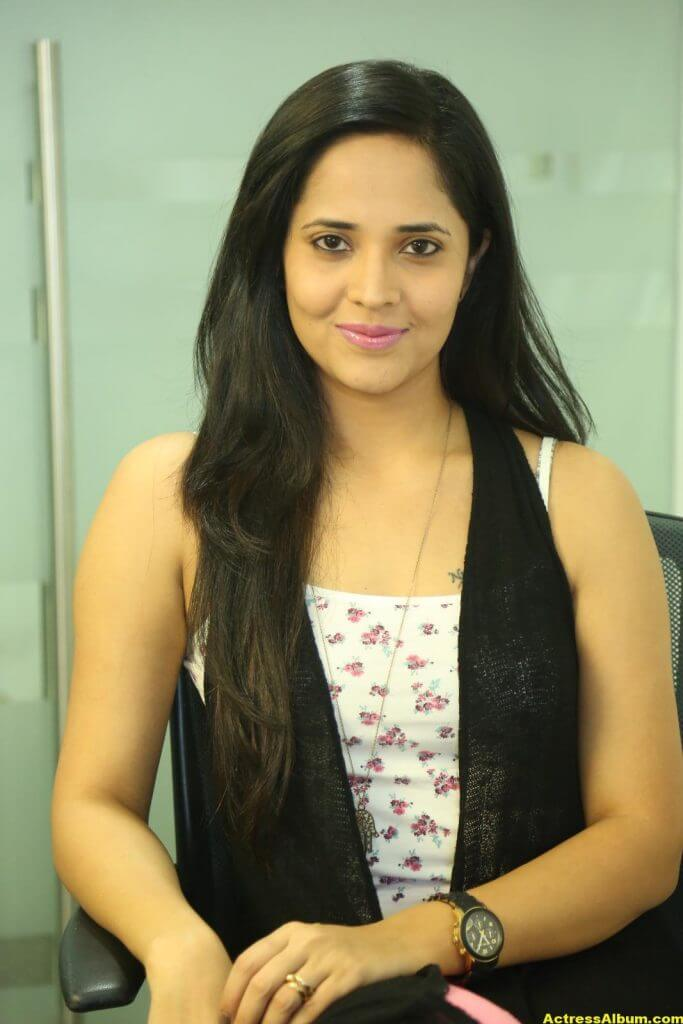 Actress Anasuya Latest Gallery 4