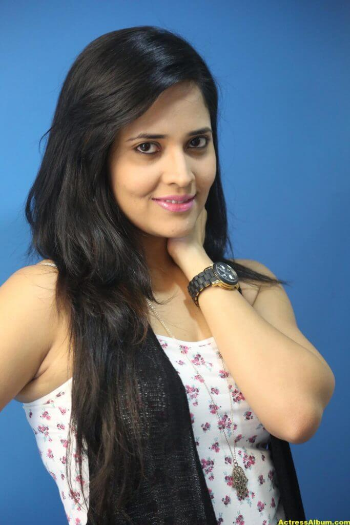 Actress Anasuya Latest Gallery 7