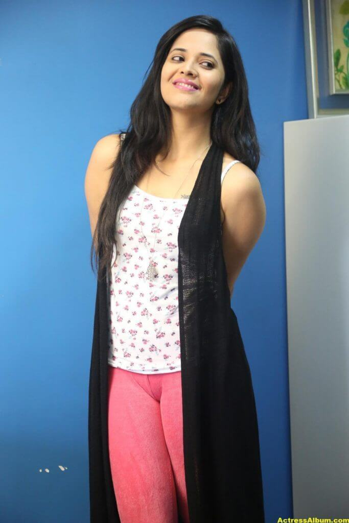 Actress Anasuya Latest Gallery 8