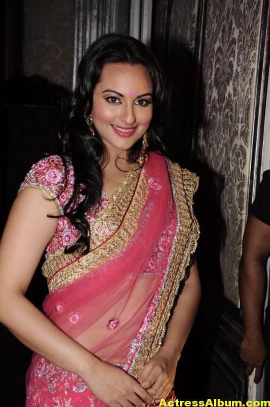 Actress Sonakshi Sinha Latest Pics In Pink Saree 2
