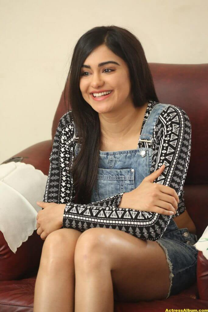 Adah Sharma Latest Hot Thigh Showing Photos 5