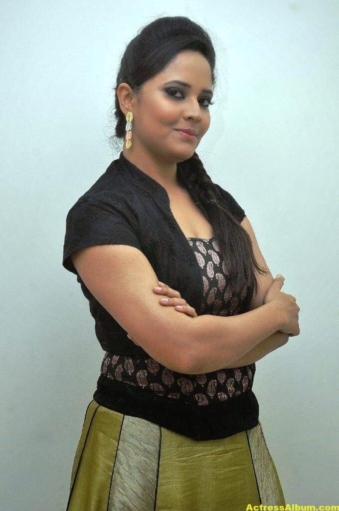 Anasuya Hot Photos In Black Dress 7