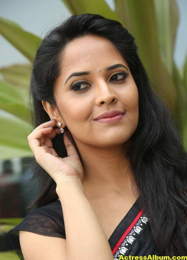 Anchor Anasuya Latest Stills In Hot White Saree 6
