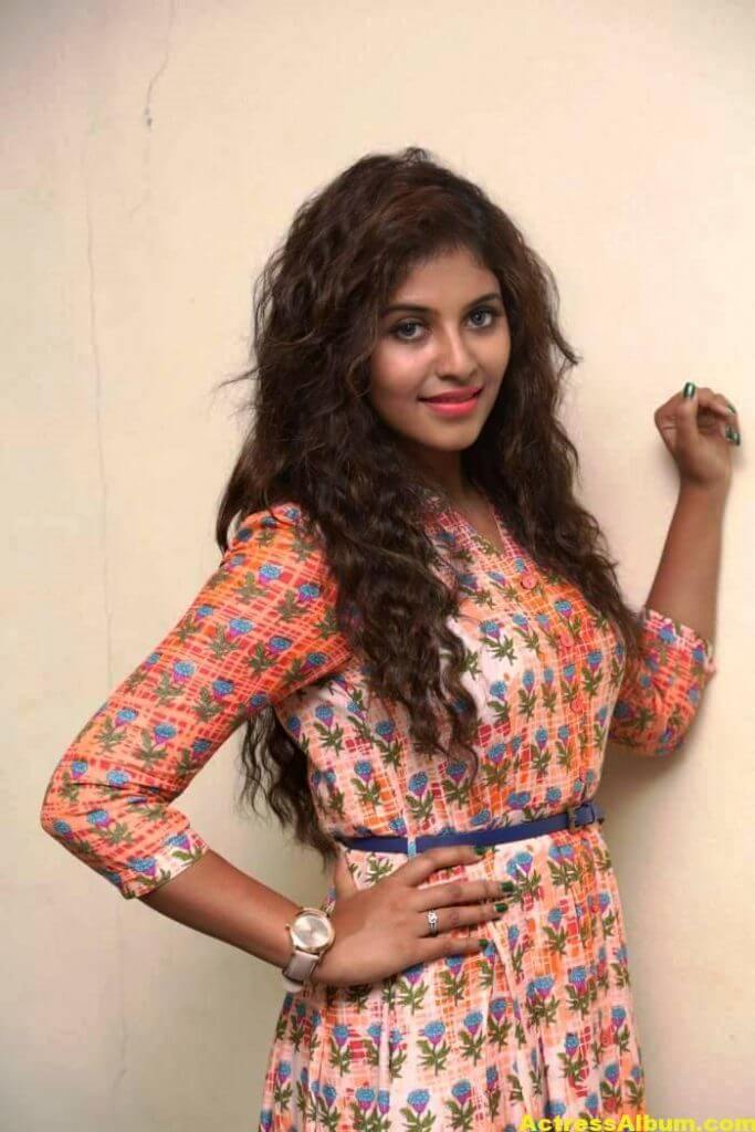 Anjali Latest Gorgeous Stills In Orange Dress 1