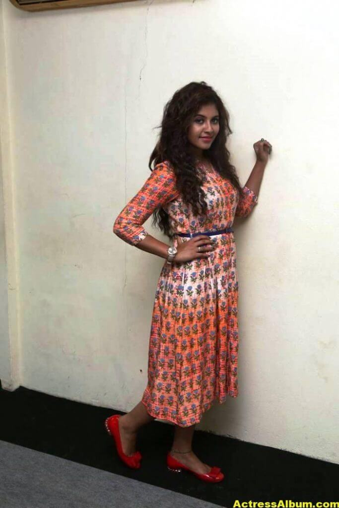 Anjali Latest Gorgeous Stills In Orange Dress 3