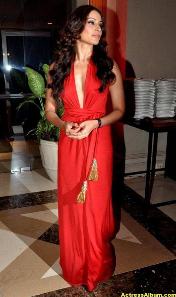 Bipasha Basu Latest Hot Stills In Red Dress 3