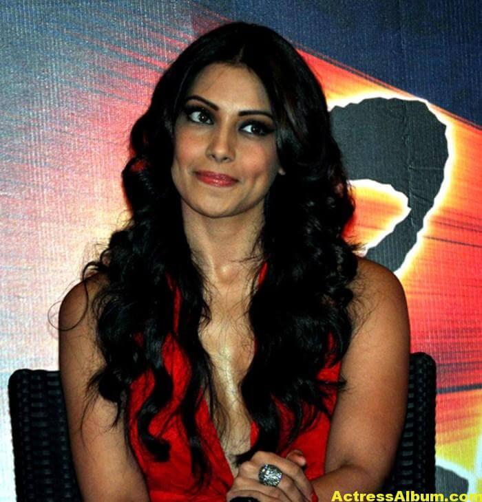 Bipasha Basu Latest Hot Stills In Red Dress 4