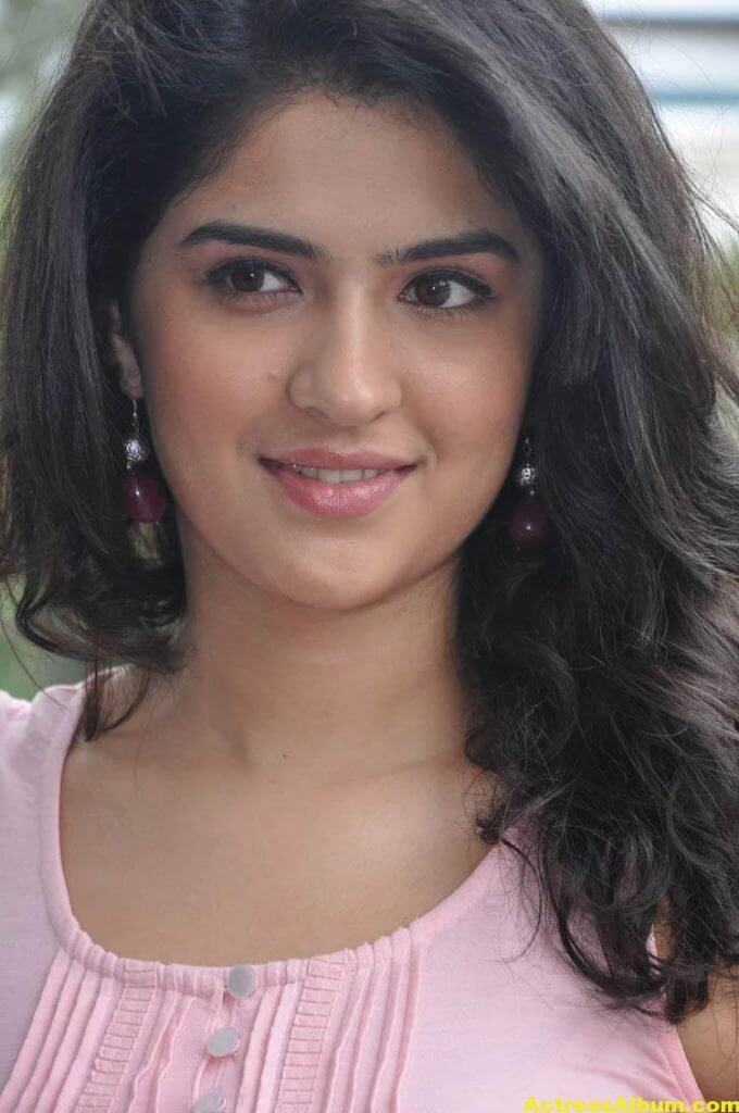 Deeksha Seth Latest Face Close Up Photos 6
