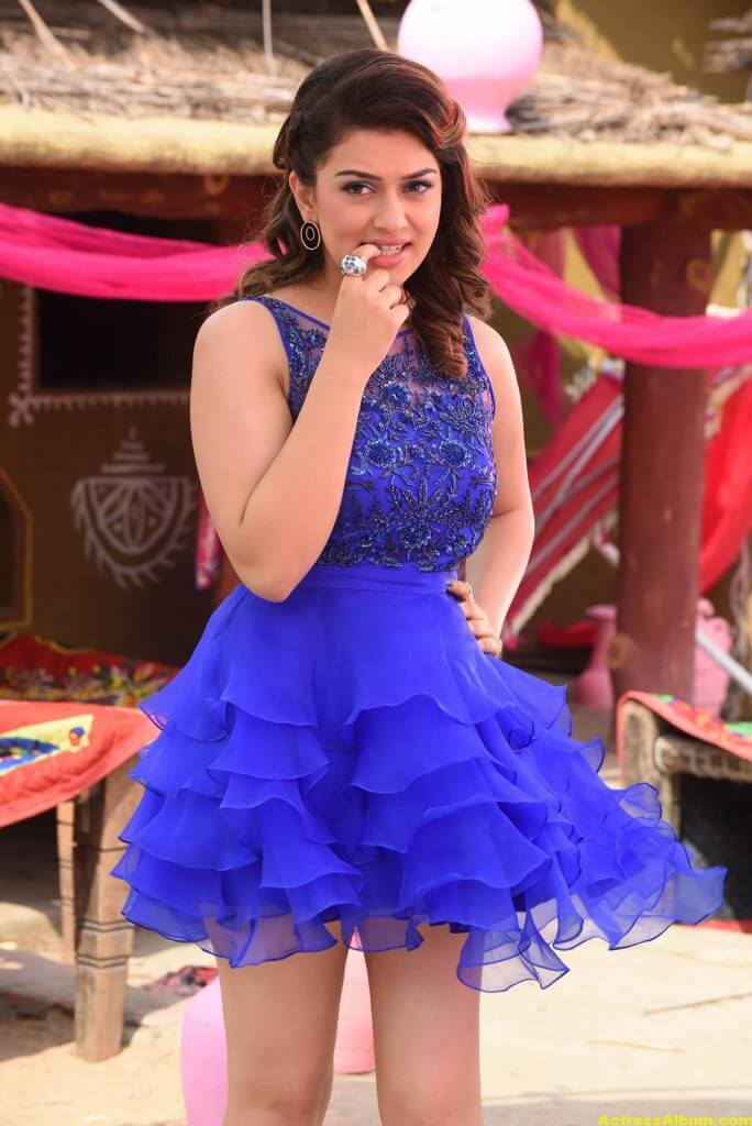 Hansika Motwani Latest Hot Legs Showing Photos 3