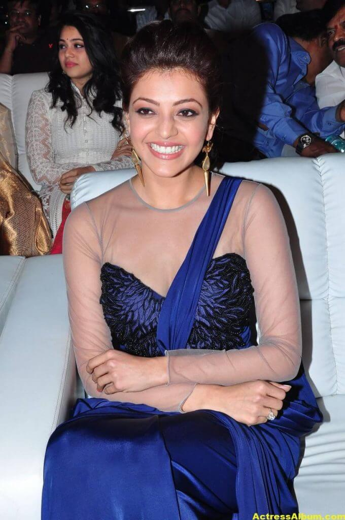 Kajal Agarwal Latest Gorgeous Stills In Blue Saree 4