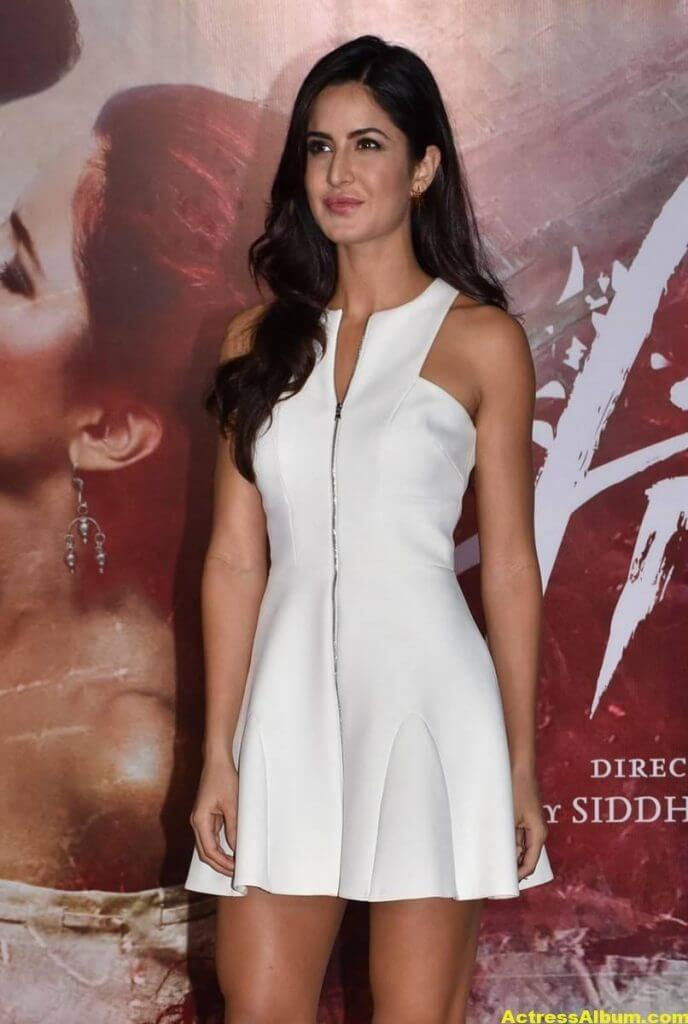 Katrina Kaif Hot Pictures In White Dress-3404