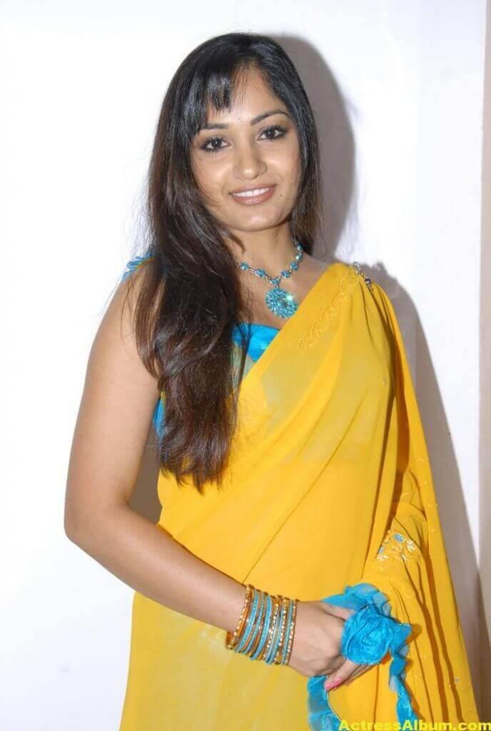 Madhavi Latha Latest Stills in Yellow Saree 4